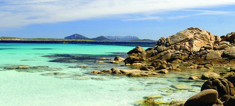 Sardinien Wanderreise: Costa-Smeralda-Spiaggia-Capriccioli-www.italiafoto.com