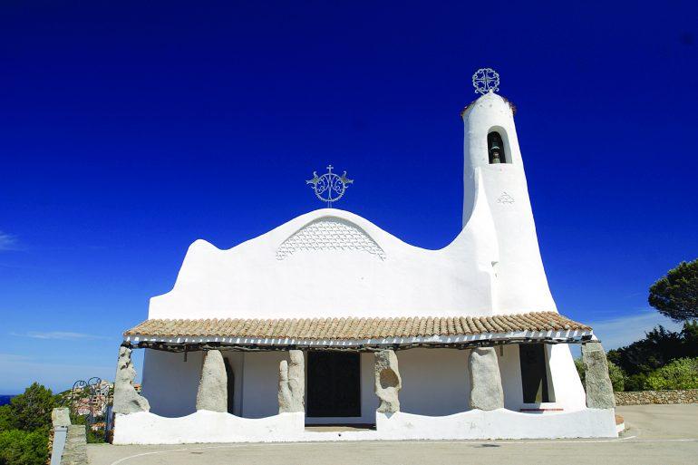 Sardinien Wanderreise: Kirche Stella Maris in Porto Cervo