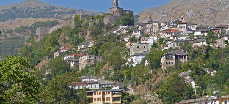 Past and present journeys - Gjirokastra
