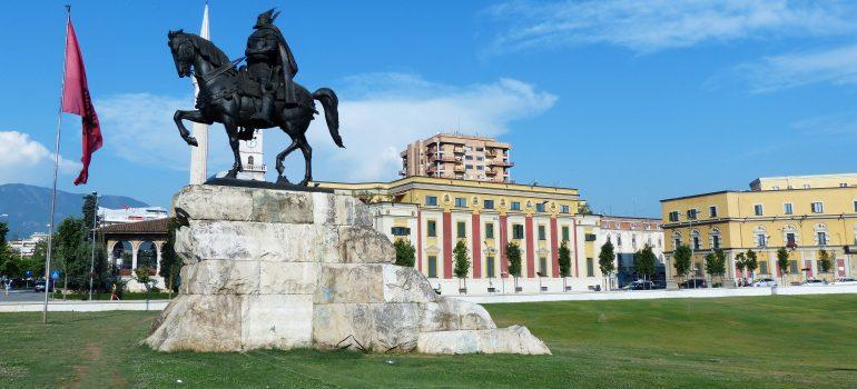 Past and present journeys, Skanderbeg Platz - Tirana