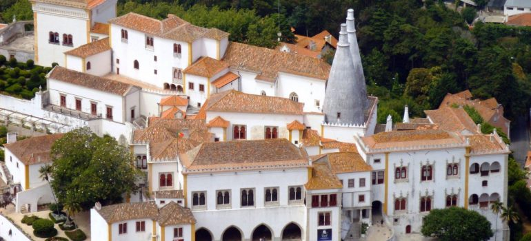 Sintra Nationalpalast, Housond (http://bto.de/CCBYSA3), Zubucherreise, Arche Noah Reisen, Organisierte Gruppenreise Algarve