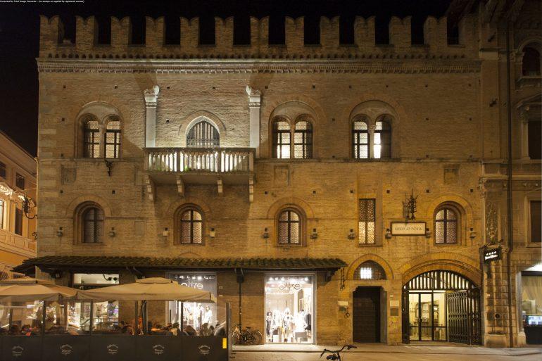 Reggio Emilia_Hotel Posta_Facade