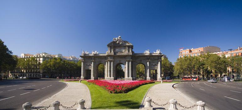 Madrid-Puerta-de-Alcalá_©-Institut-für-Tourismus-in-Spanien-TURESPAÑA, Reiseveranstalter Pilgerreise, Arche Noah Reisen