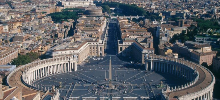 Der Petersplatz in Rom, Italien