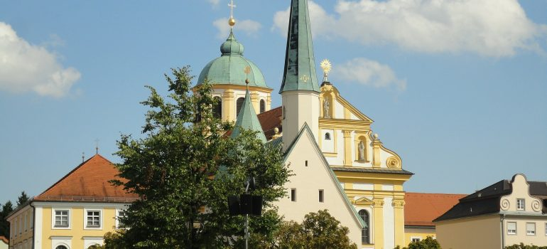 Altötting, Knadenkapelle, Wallfahrtsort Bayern, Pilgerreise Bayern, Arche Noah Reisen, www.pixabay.com