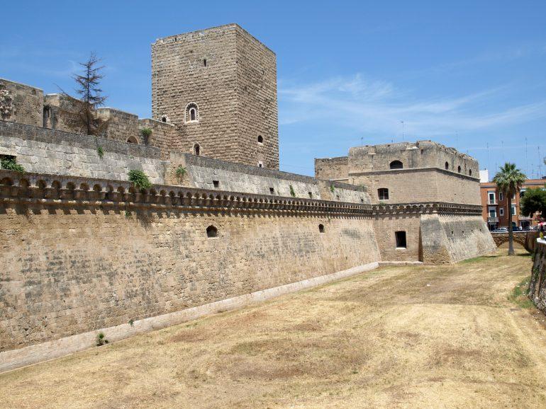 Apulien_Bari_Bild von Filip Filipović auf Pixabay, Studienreisen Italien, Reise mit Führungen, Arche Noah Reisen