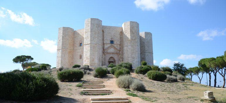 Apulien, Castel del Monte_Bild von Jacques Savoye auf Pixabay, Hochwertige Gruppenreise, Apulienreise 2020