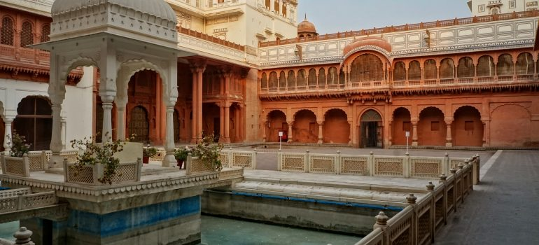 Bikaner, Bild von Volker Glätsch auf Pixabay, Geführte Touren durch Indien, Gruppenreisen, Arche Noah Reisen