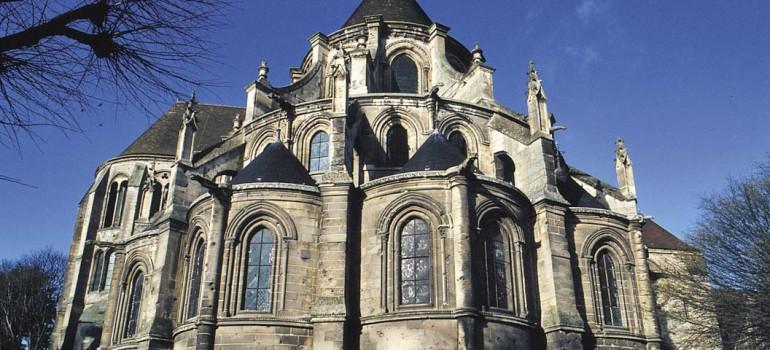 Chevet Cathédrale, Kulturreise Frankreich, Gruppenreise Picardie, Kathedralen Frankreichs, Arche Noah Reisen