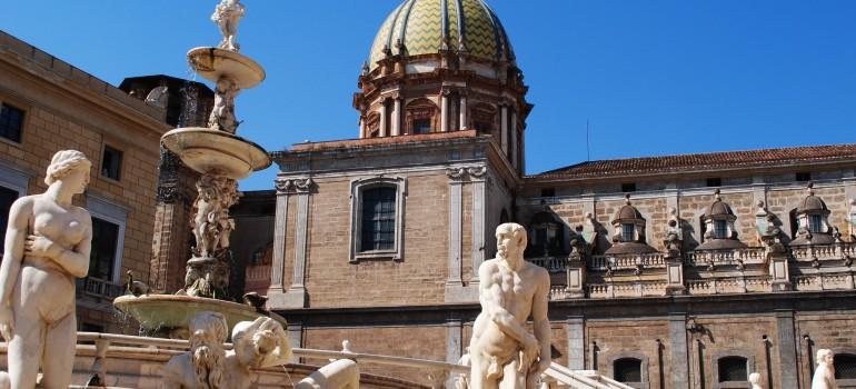 Place de la mairie - Palermo, Fotolia.com, Rathaus Palermo, Reiseprogramm Sizilien