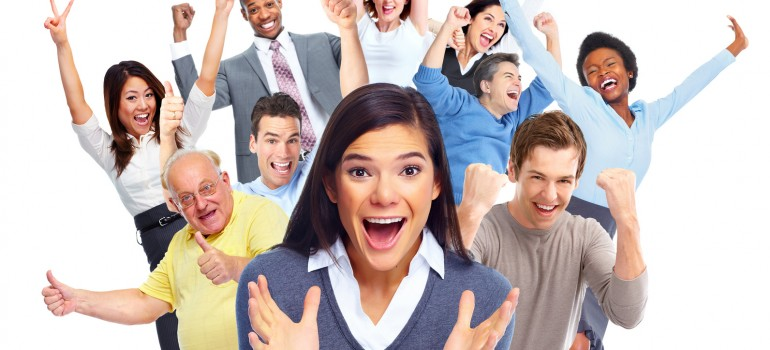 Kurhan_Fotolia_92779680_M_Happy people crowd, Referenzen Arche Noah Reisen
