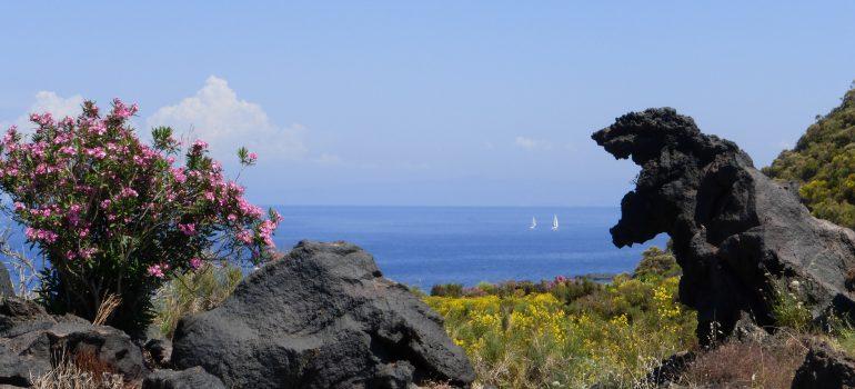 Im Valle dei Mostri , Tal der Monster auf Vulcano, Foto: Andreas Pehl, Gruppenreise Liparische Inseln, Arche Noah Reisen