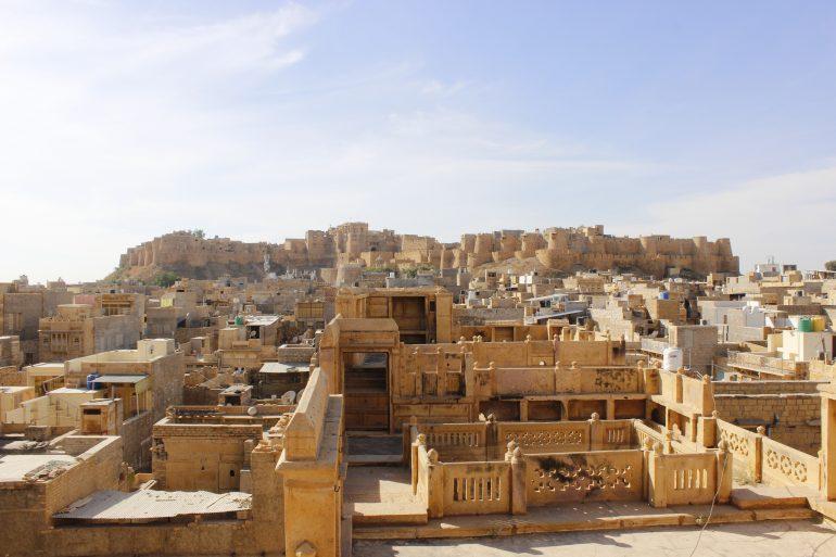 Indien, Jaisalmer, Bild von HTO India auf Pixabay, Wüstenabenteuer, Gruppenreise Indien, Arche Noah Reisen