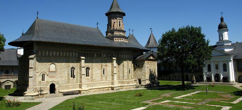 Rumänien: Kloster Neamt, Karpaten Turism, Gruppenreise Rumänien, Arche Noah Reisen
