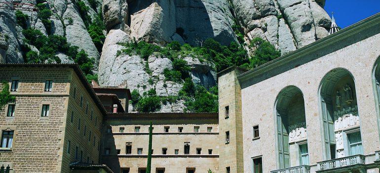 Kloster Montserrat, Pilgerreise, Pilgerreisen organisieren, Arche Noah Reisen