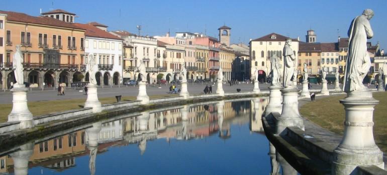 Padua prato della Valle, Besichtigungsprogramm Padua, Reiseveranstalter Gruppenreisen, Arche Noah Reisen