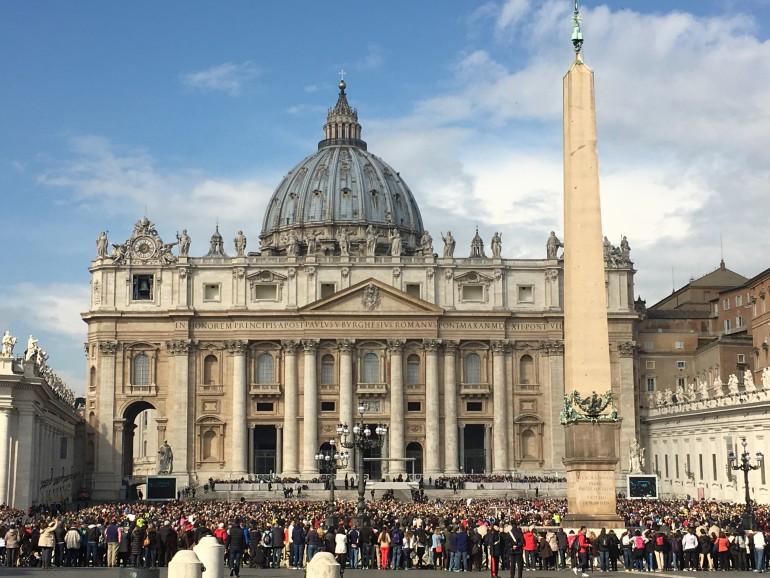 Papstaudienz, Pilgern in Gruppe, Pilgerfahrt, Arche Noah Reisen