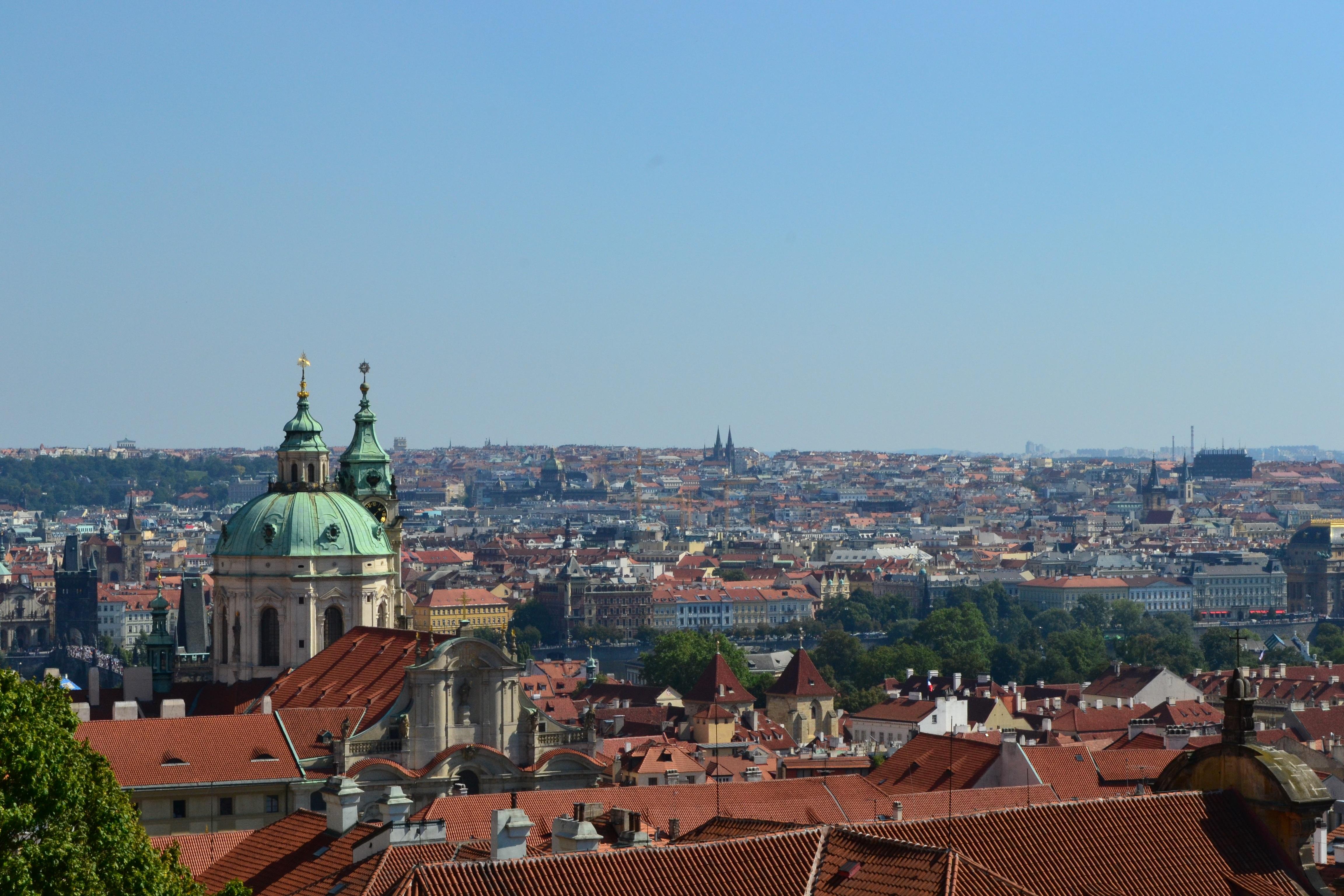 Prag Reise Flug Hotel