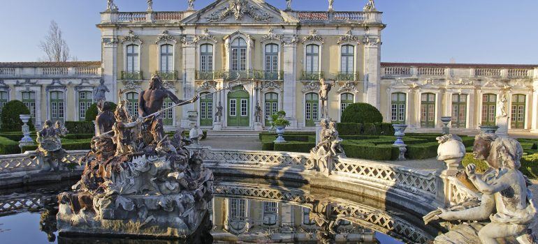 Queluz National Palace. Queluz, Sintra, Junta de Turismo da Costa do Estoril, www.imagesofportugal.com