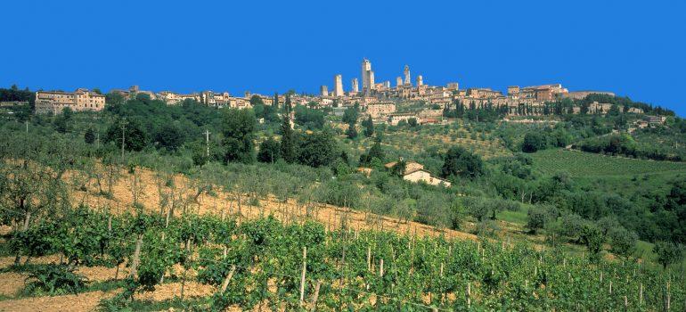 Blick auf San Gimignano, www.italiafoto.de, Pilgerreise Toskana, Reise mit geistlicher Begleitung, Arche Noah Reisen