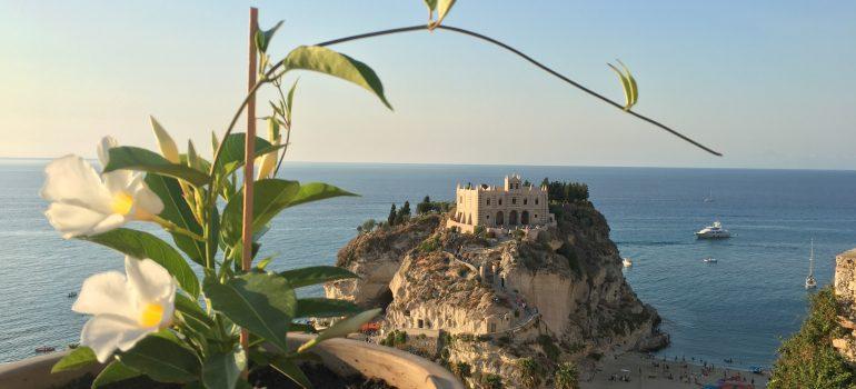 Tropea, linda71fer auf Pixabay, Wanderreise Italien Arche Noah Reisen