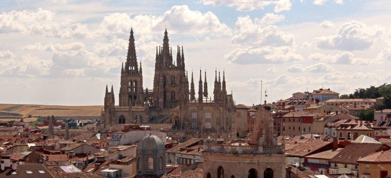 Burgos, www.pixabay.com, Pilgerwandern, Jakobsweg, Jakobsweg in Gruppe, Arche Noah Reisen