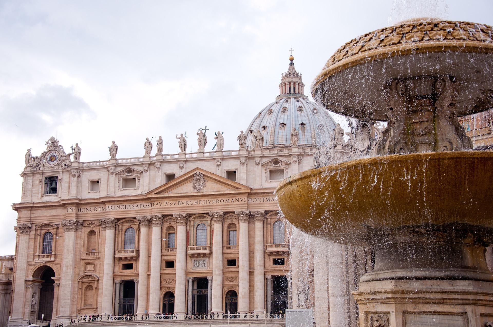 Rom, St. Peters Basilica, www.pixabay.com, Papstaudienz, Romreise, Arche Noah Reisen